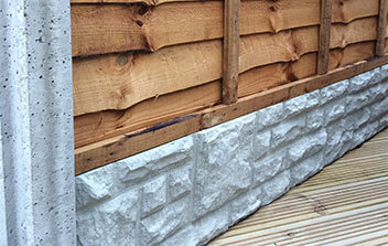 FP-McCanns-precast-concrete-slotted-post-and-gravel-board-featured-image
