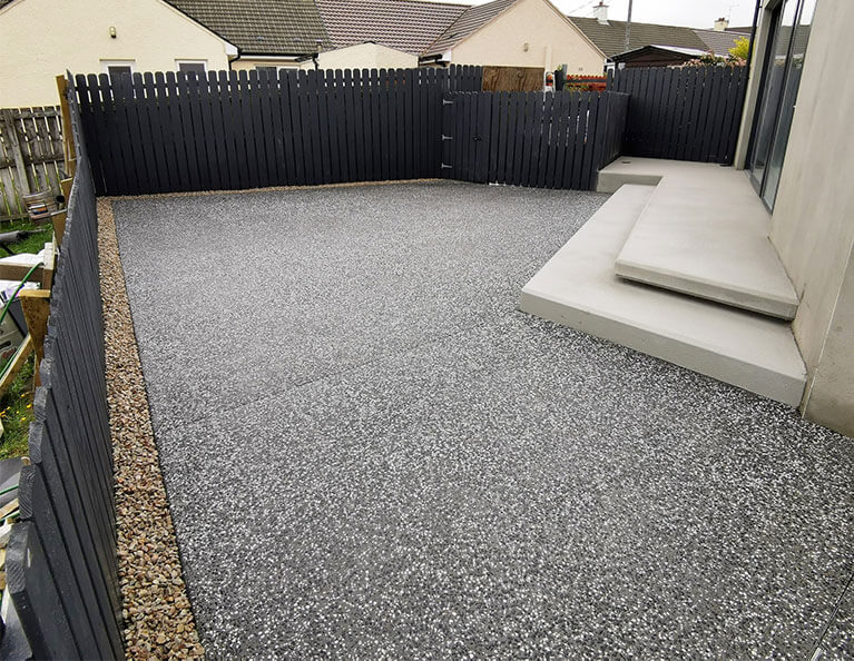 FP-McCanns-Monochrome-Concrete-exposed-on-Dungiven-patio